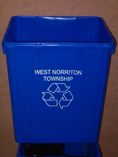 Recycle Container 001.JPG
